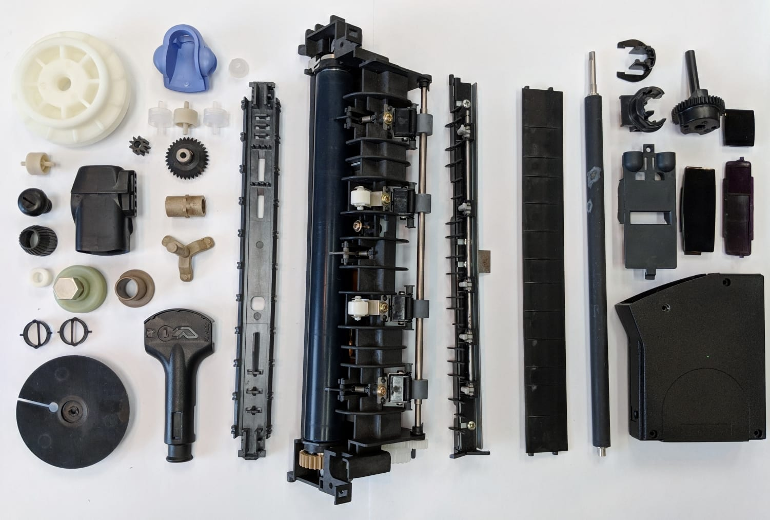 Thermoplastics parts for the Electronics Industry